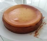 手作りベイクドチーズケーキ