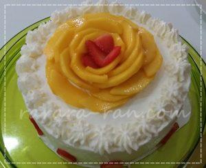デコレーションケーキ マンゴー&苺